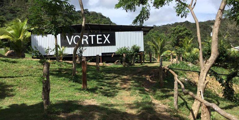 Vortex building