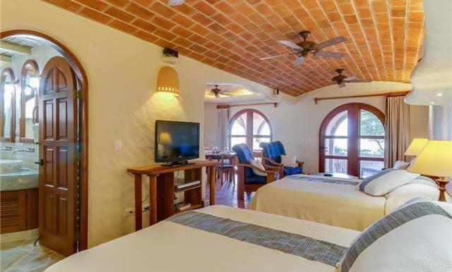 Studio Paz Bedroom Area