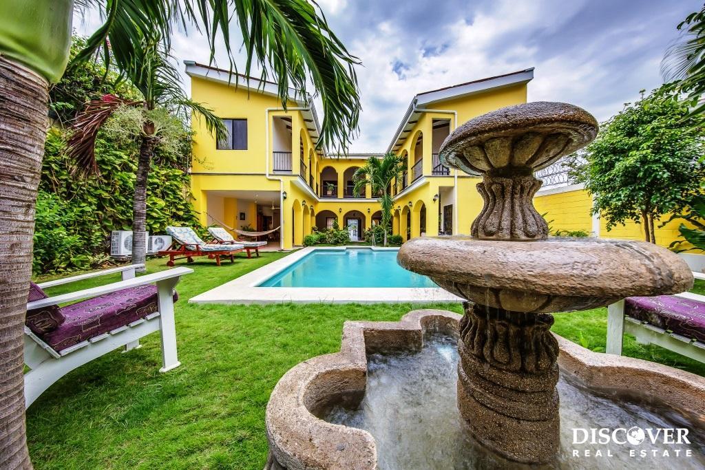 Las Palmas Colonial Style 6 Bedroom House Plus Caretaker's Residence